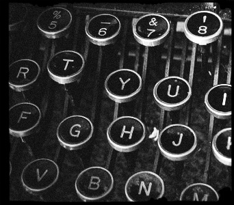 normal_tech_typewriterkeys